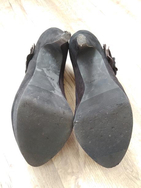 Černé boty na podpatku, 40