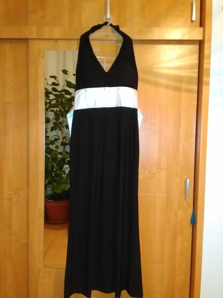 Spoločenské šaty čiernej farby s bielou stuhou , L