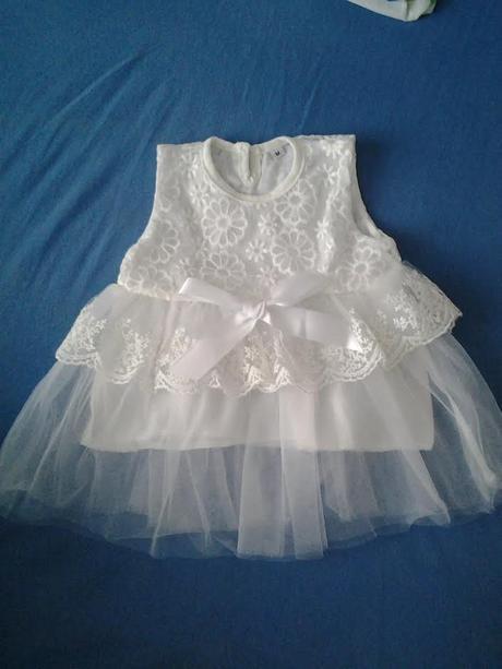 Krajkové šaty pro holčičku, 68
