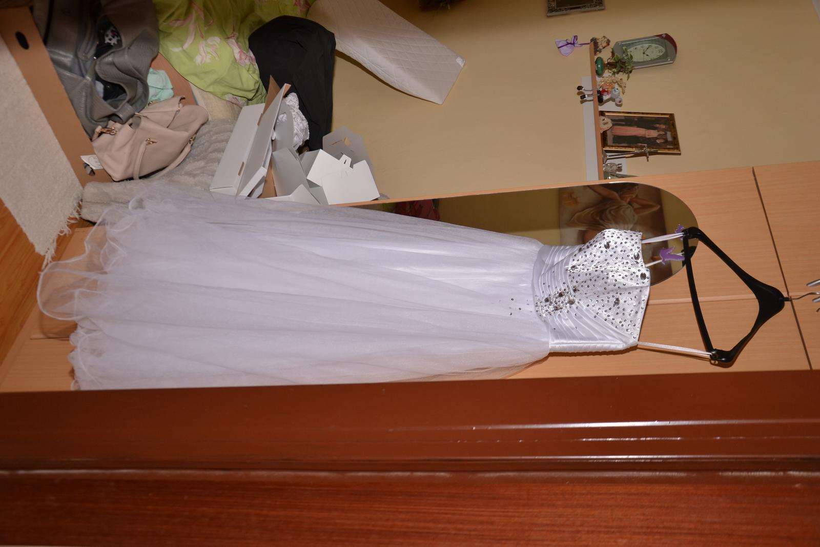 d906ffe4528e Svadobné šaty vhodné aj pre tehotné nevesty