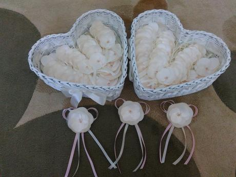 Kosicky na svadobne pierka a naramky pre druzicky,