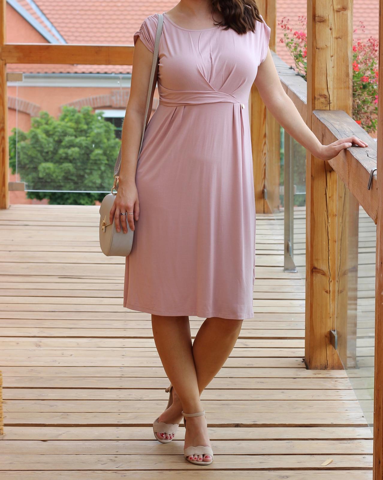 Pudrové šaty b1ed5905248