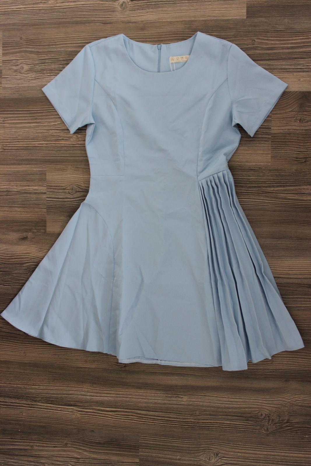 Zaujímavé biznis šaty 178e307924e