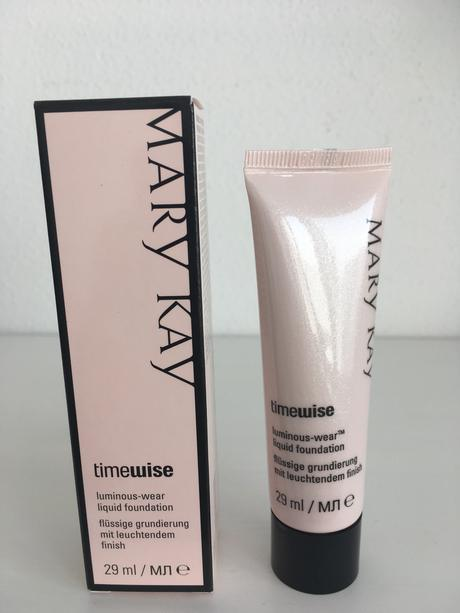 Mary Kay make-up,