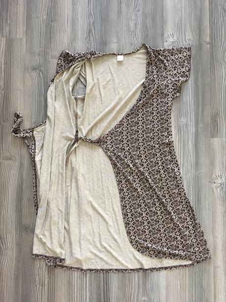 Zavinovacie šaty, M