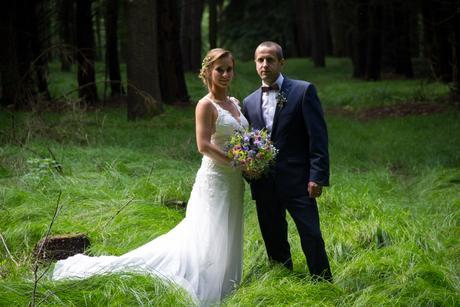 Svatební šaty s holými zády, 36