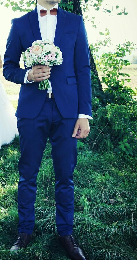Svadobný oblek, 42