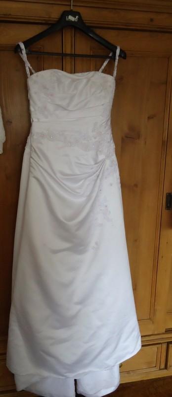 Svatební saténové šaty San Patrick Velikost 40-44 , 42