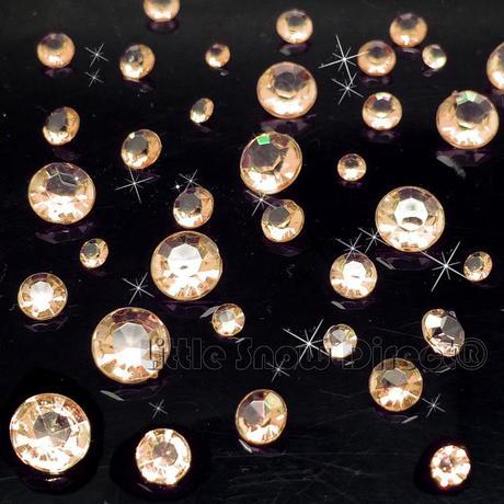 Mini dekorační kamínky cca 800 ks,