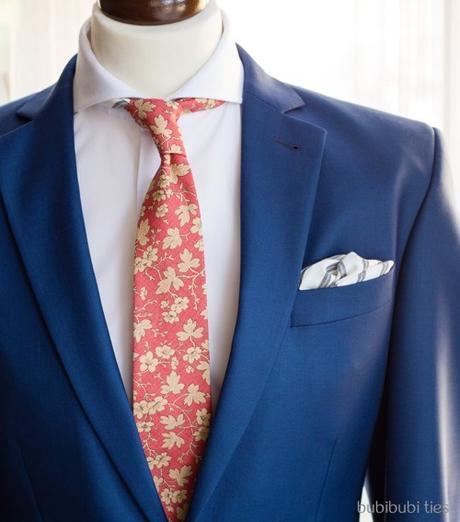 Originální ručene šita kravata,