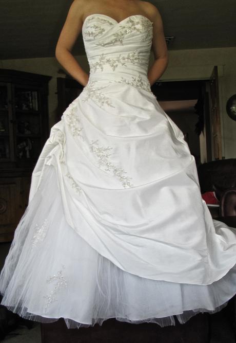 Svatební šaty Praha, velikost 36-38, 36
