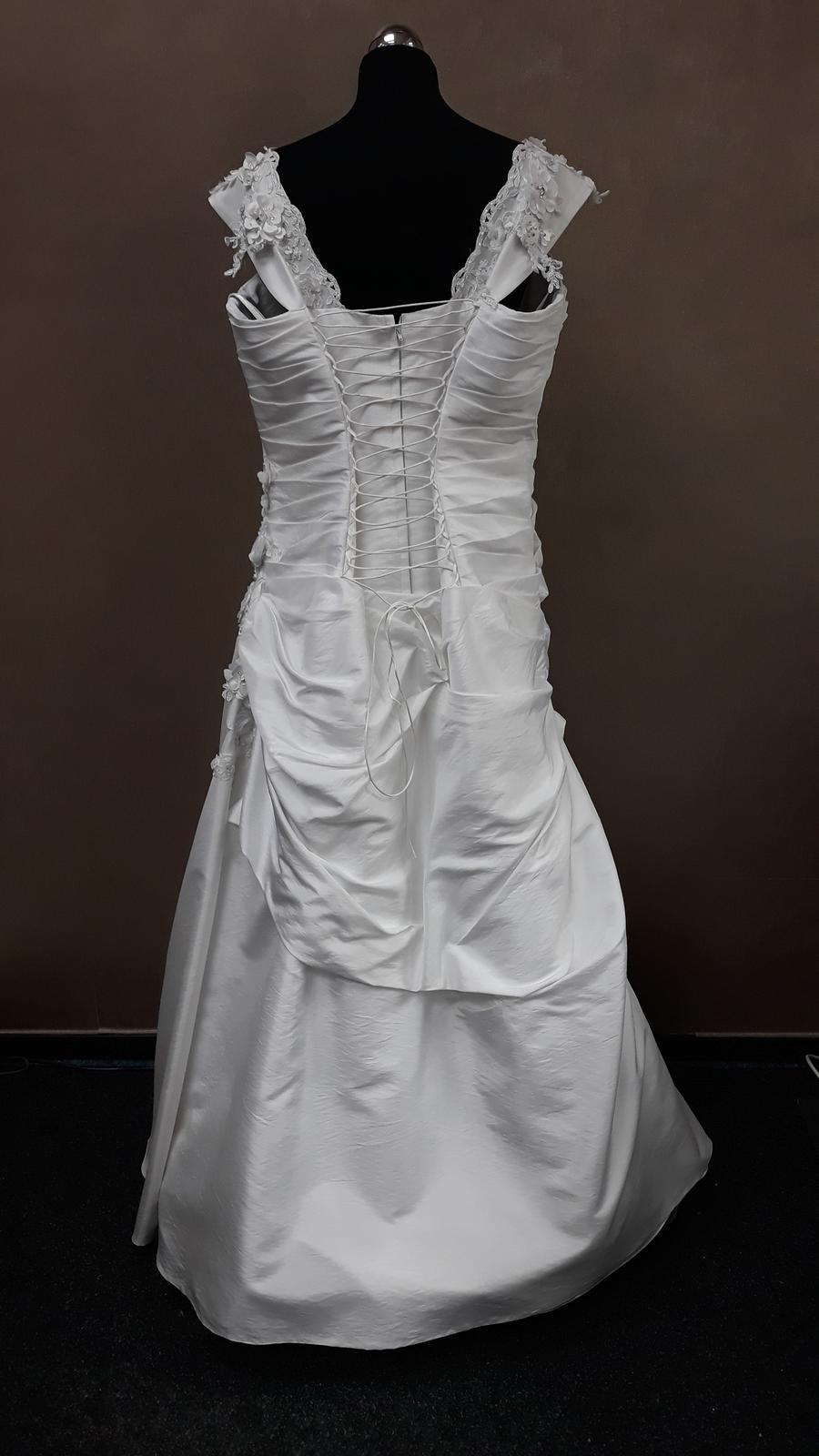 490fff4c51de Svadobné šaty
