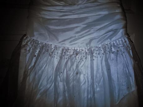 Bílé svatební šaty , 40