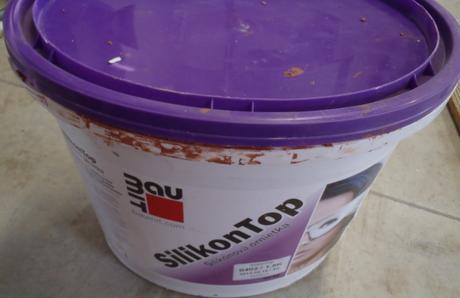 Fasádna omietka silikonova + farba na omietnu zn. ,