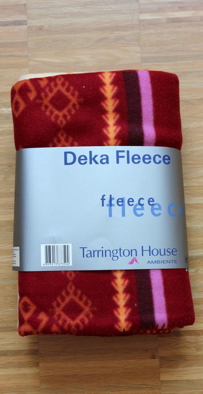 Nepoužívaná fleecová deka,