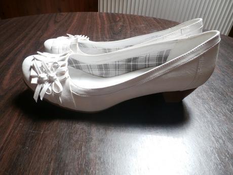 Bílé boty ke svatebním šatům, 42