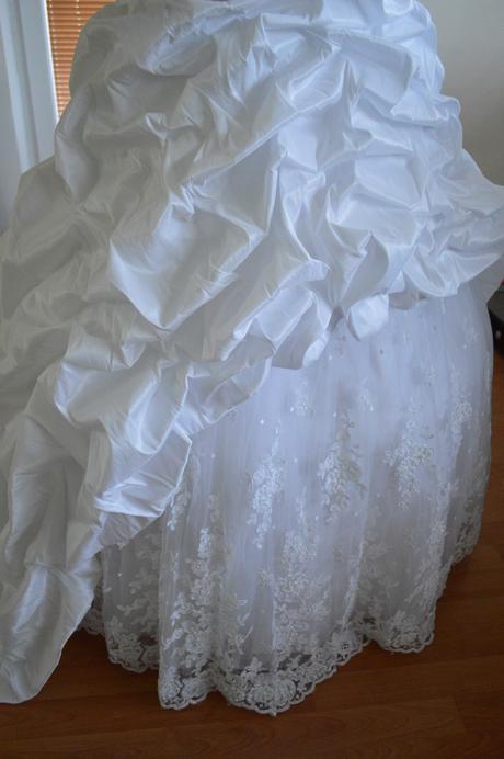 Snehovo biele svadobné šaty č.36-38, 38