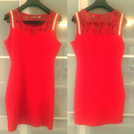 Červené šaty, L