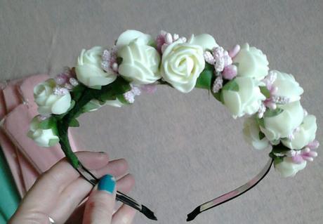 kvetinková čelenka,
