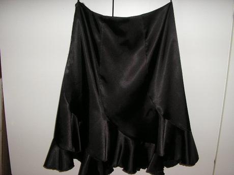 Spoločenská sukňa, M