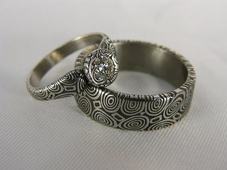 Luxusní pár snubních prstenů Deluxir z damasteel,
