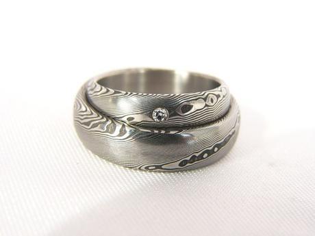 Pár snubních prstenů Ruberdur s diamantem,
