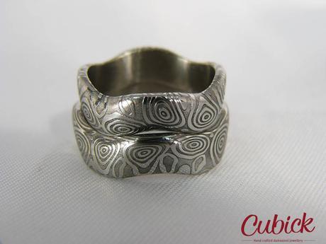 Snubní prsteny Khamules z damasteel,