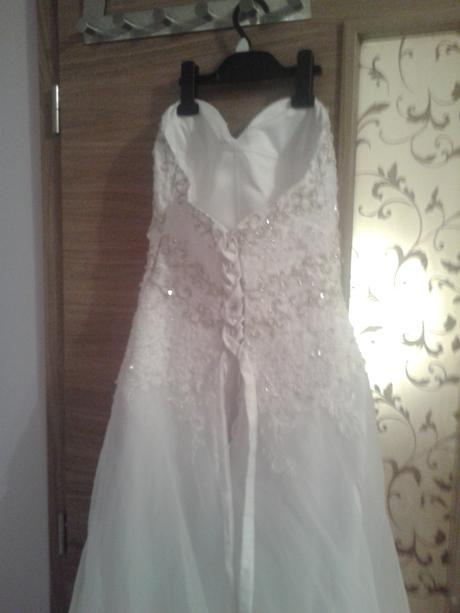 Luxusní svatební šaty šité švadlenou v ČR, 38