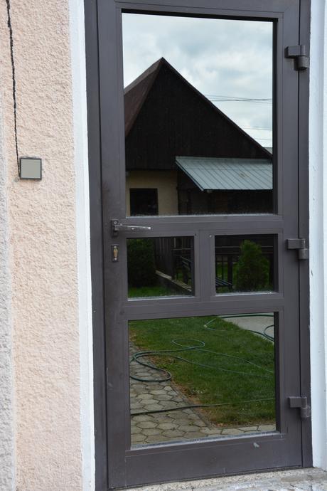 Hliníkové dvere,