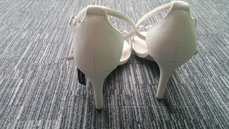 nenosene svatebni sandalky na podpatku, 41