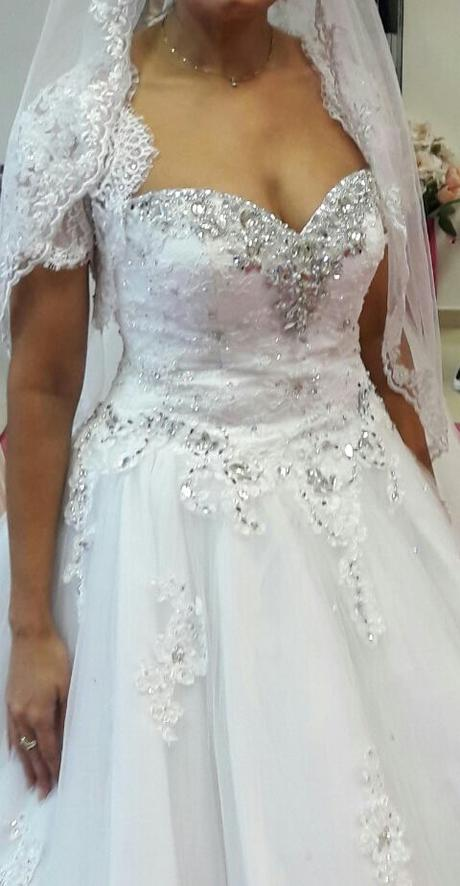 efe2aa80d139 Luxusne svadobné šaty