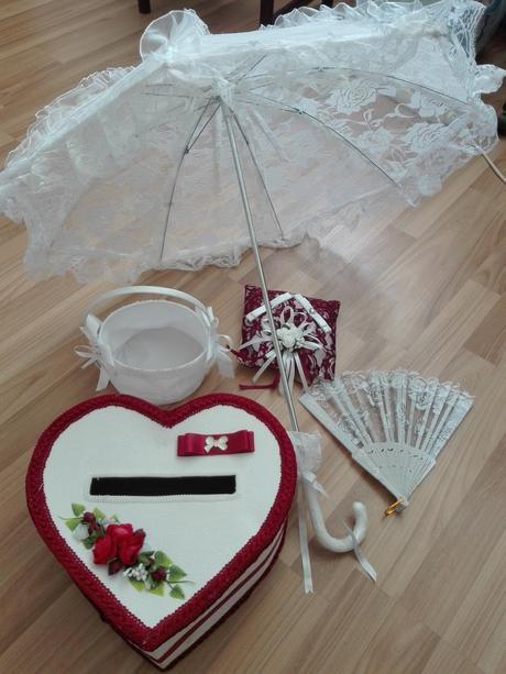 Set - Vankúšik, dáždnik, vejár, krabica, košík,