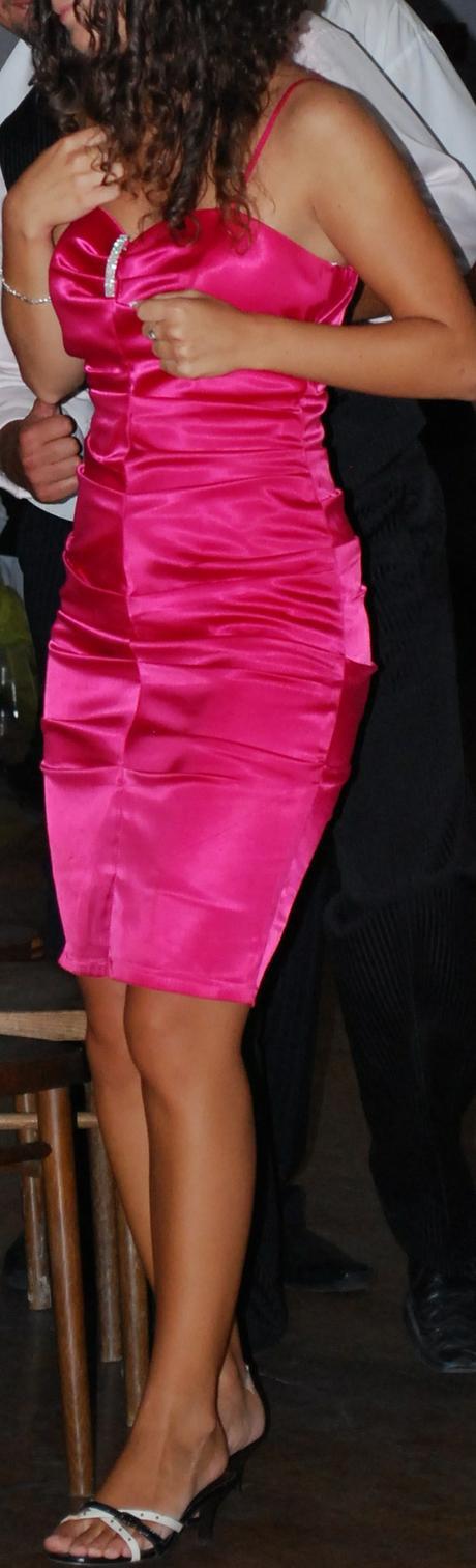 Spoločenské šaty  už aj s poštovným, 36