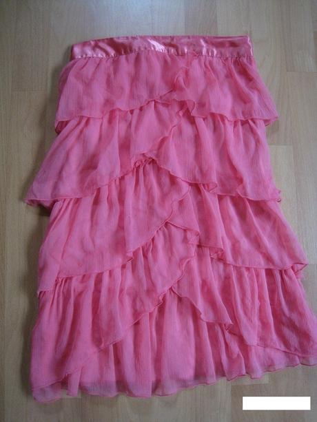 Ruzove šaty , 36