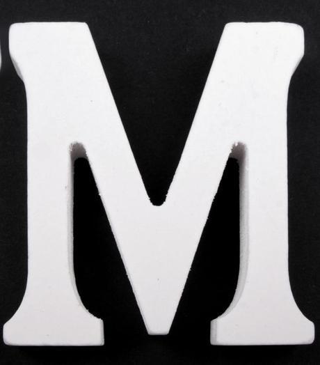 Drevené písmeno M,