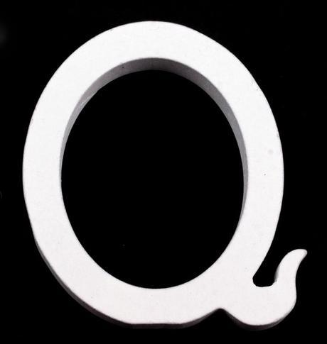 Drevené písmeno Q,
