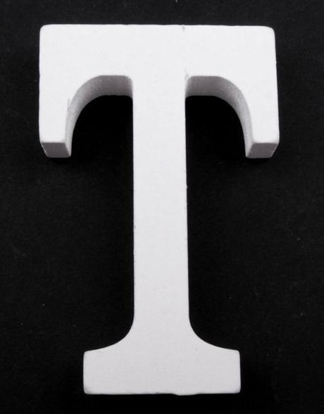 Drevené písmeno T,