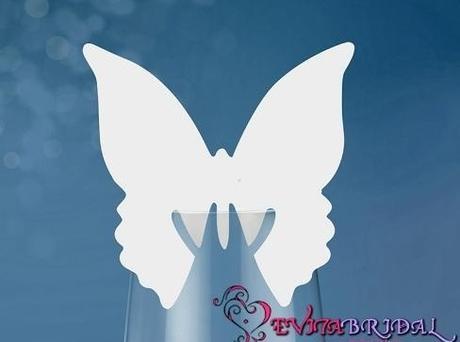Menovka motýľ vyrezávaný ,