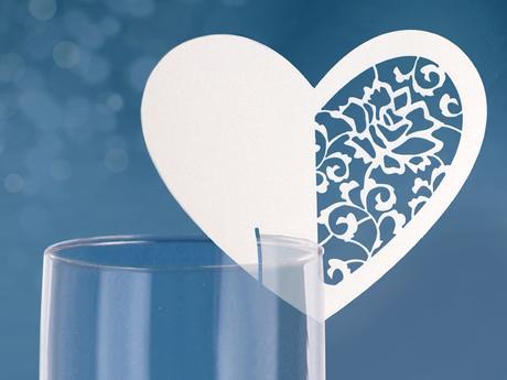 Menovka srdce vyrezávané (10ks),