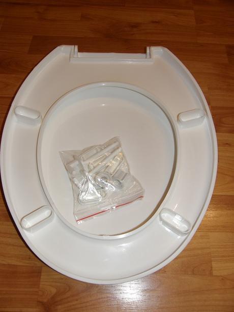 WC doska nepoužívaná,