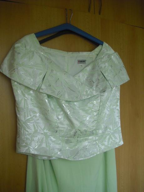 Plesové šaty, 52