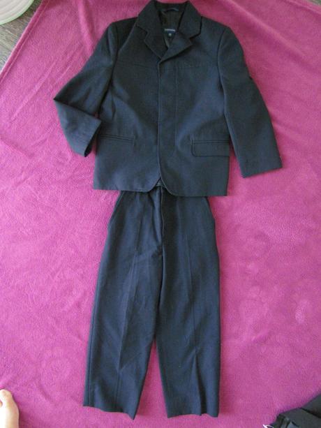 společenský oblek vel. 110, 110