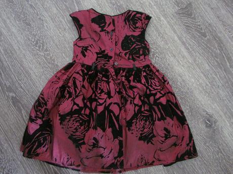 Vzorované slavnostní šaty zn. TU vel. 110, 110