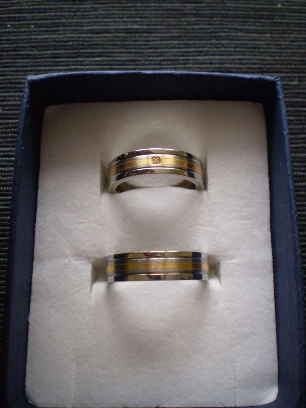 Snubni Prsteny Ocel 400 Kc Svatebni Bazar Beremese Cz