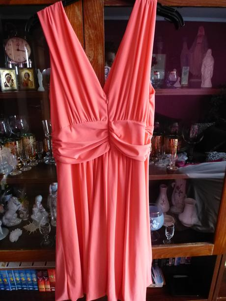 Pekné šaty jednoduché, 42