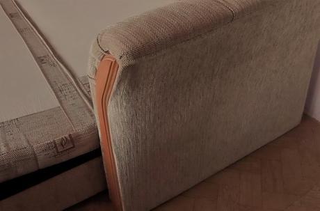 Rozkladacia posteľ s úložným priestorom,