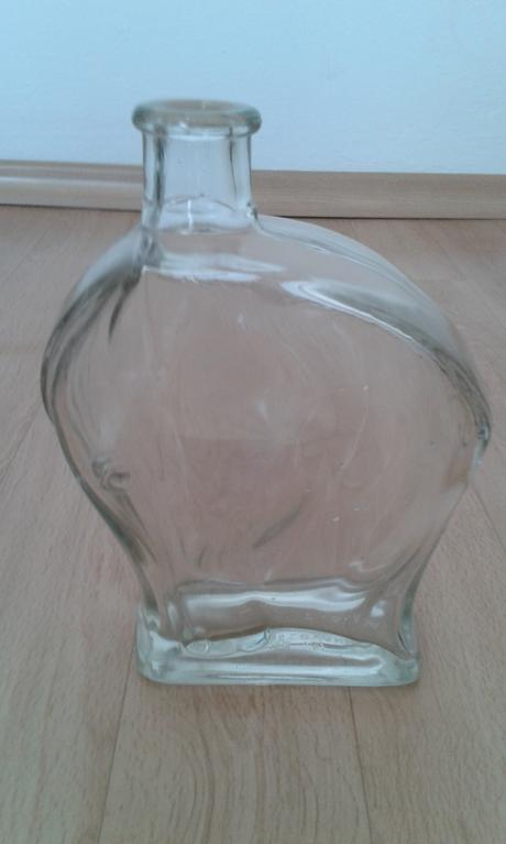 sklenená fľaša,