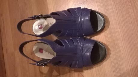 Högl kožené sandály na podpatku, 38