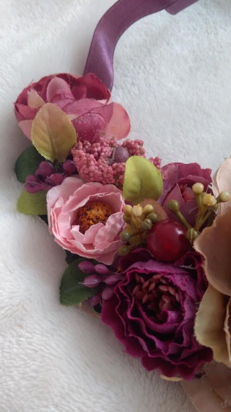 náhrdelník z kvetov,