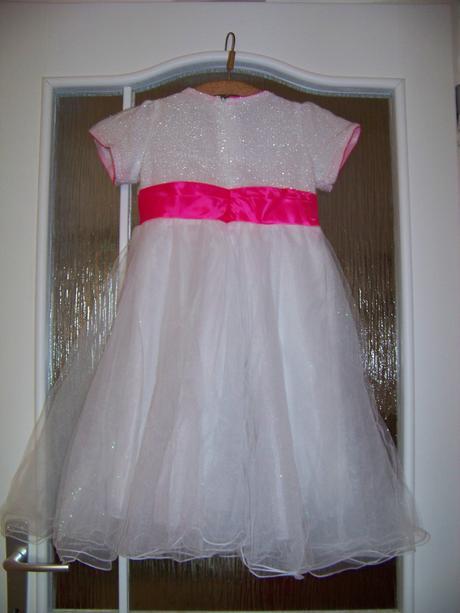Spoločenské šaty , 128